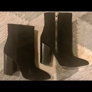 EUC Aldo Black Suede Boots with Snakeskin Detail